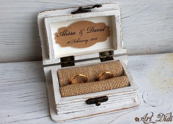hochzeit ring box ringk stchen schmuck box holz. Black Bedroom Furniture Sets. Home Design Ideas