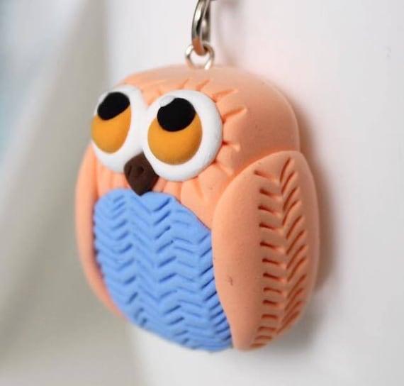 Coral owl keychain •