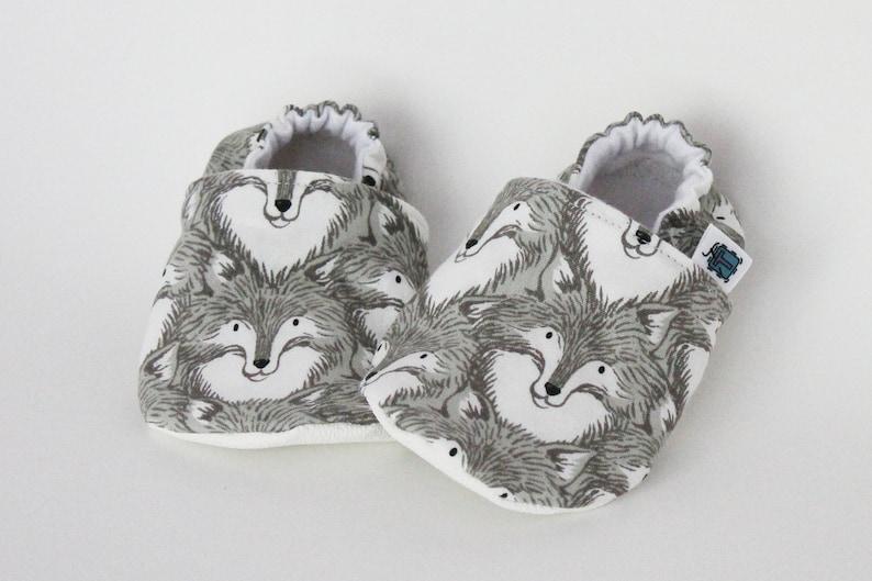 7c8b56459859 Children slippers Wolves Wolf head Grey Gray White