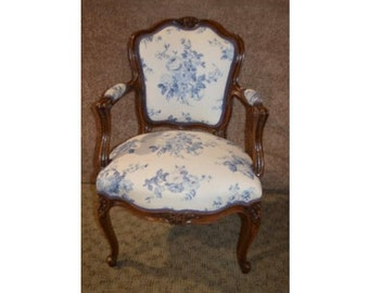 Vintage Carved Walnut French Style Accent Chair W/Blue U0026 White Floral Fabric