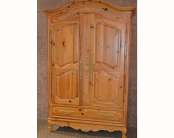 Ordinaire Solid Pine Country French Style Two Door Armoire W/Fitted Interior