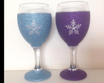 Snowflake glitter glasses