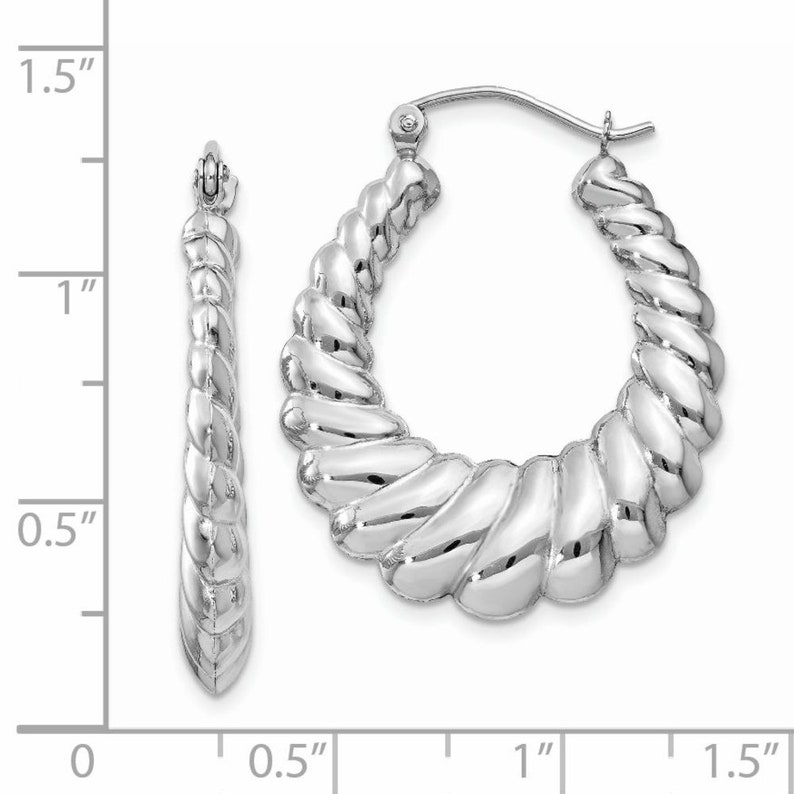 14mm Ladies 14K White Gold Scalloped Graduating Ribbed Oval Hoop Earrings