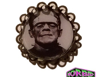 Universal Monsters Frankenstein's Monster Bronze/Antique Tone Horror Badge/Brooch