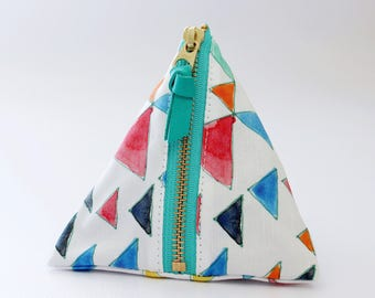 Triangle zipper pouch, Triangle
