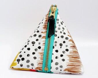 Triangle zipper pouch, Amelia