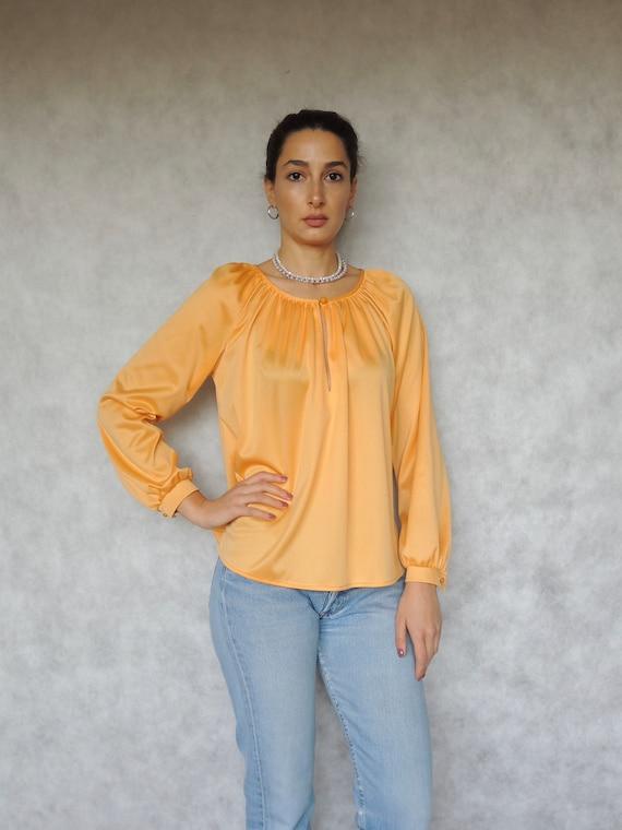 80s Vintage Women's Slouchy Light Orange Blouse