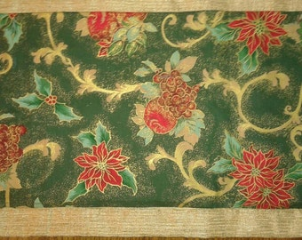 SALE Holiday Poinsettia Table Runner