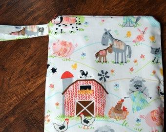 Farm Animals Wet Bag~  Swim Bag, Diaper Baby bag, Travel Bag, Wash/Dry Bag~ Reuseable Pul Bag