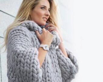 Marshmallow Sweater. Oversize sweater. Merino wool. Cozy, warm, smooth.