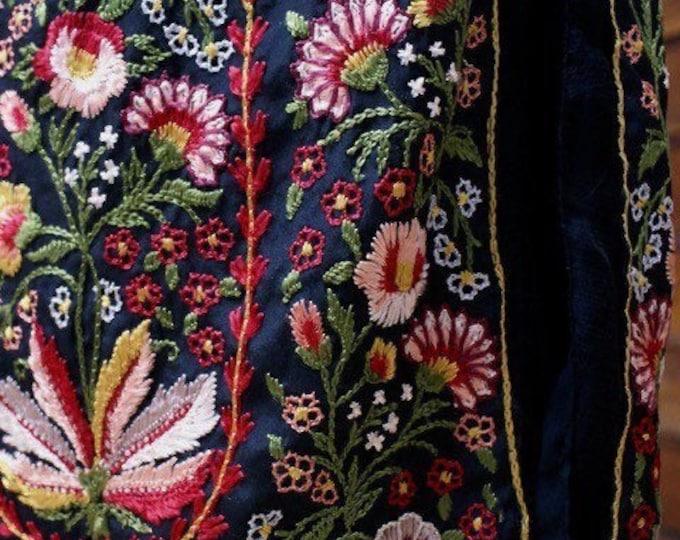 Embroidered skirt 1920
