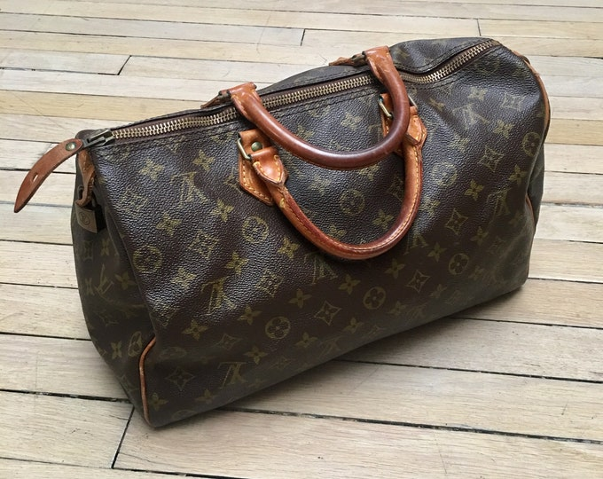 Vuitton speedy bag