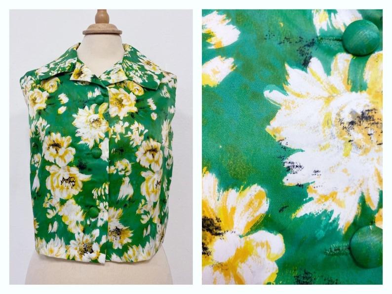 Vintage 1950s 1960s green floral print sleeveless blouse shirt size M