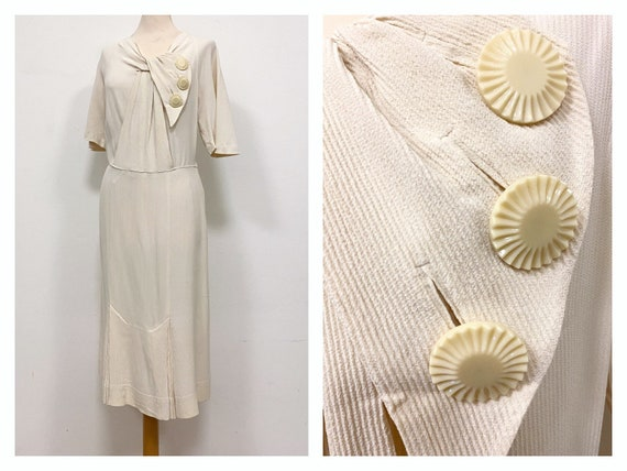 Vintage amazing 1930s 1940s light cream silk plus
