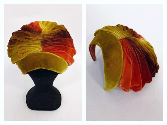 Vintage 1950s shade of autumn colors velvet fascin