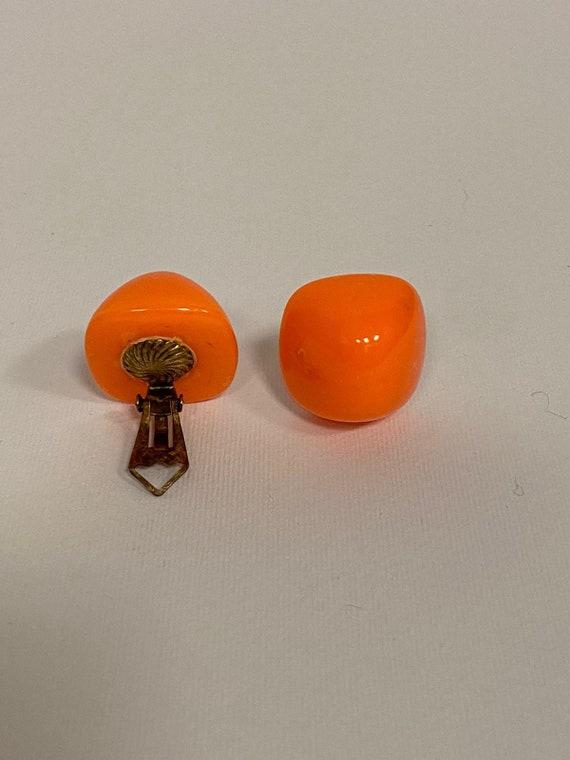 Vintage 1960s 1970s orange plastic mod clip on ea… - image 5