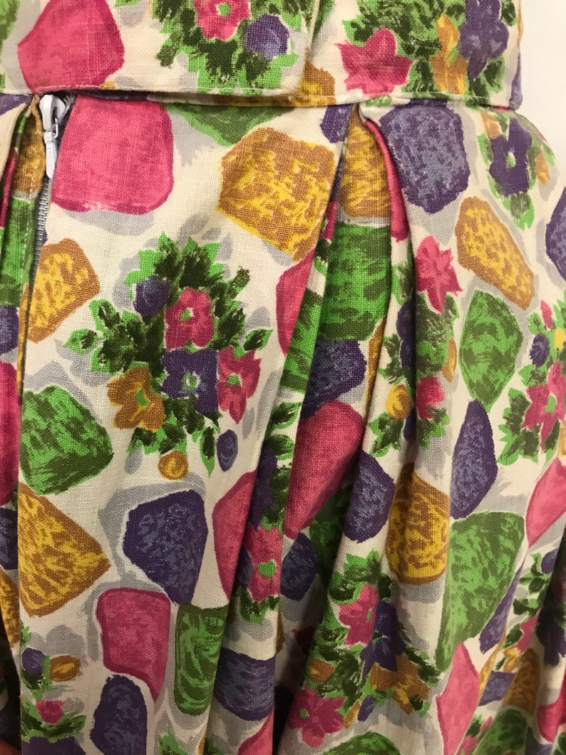 Vintage 1950s floral abstract print pleateds circle skirt size S