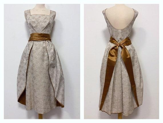 Vintage amazing 1950s Italian Haute Couture beige