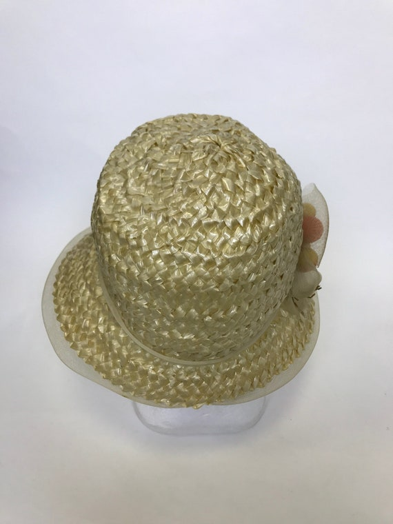 Vintage 1960s natural straw and fruits detail sum… - image 3