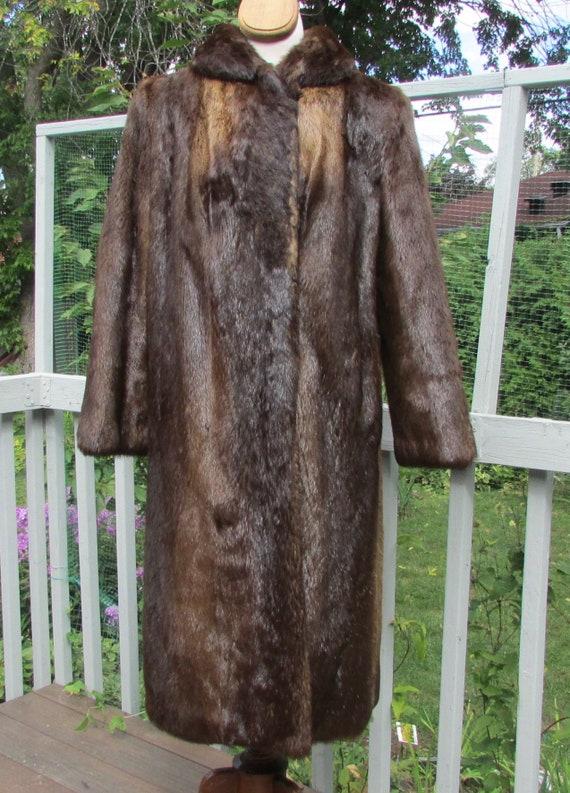 Ladies, river ottar fur coat
