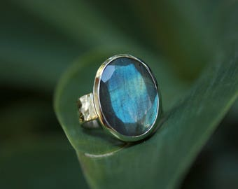Unique Faceted Labradorite Ring set in Sterling Silver with Beaten Band Size 7