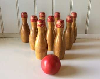 Antique Tabletop Nine Pin/Sporting Antiques/Bowling Collectibles/Bar Skittles/Bowling Games/Collectible Games/Pub Skittles/Bar Skittles/
