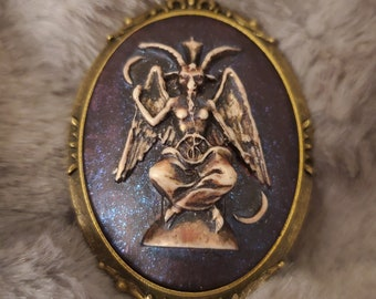 Brooch Baphomet Cameo Classic Large Oval Red Pearl and Glitter Color - Hand Painted 30x40mm Acrylic and Bronze Zinc Alloy