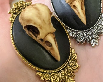 Brooch 3D Raven Skull Cameo Large Oval - Your Choice of Color - Hand Painted 30x40mm Acrylic and Zinc Alloy