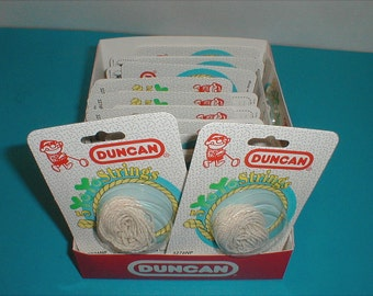Duncan Yo Yo Replacement String Packs you get 2 unopened from an old time display