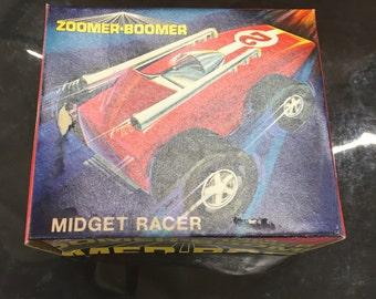 Topper zoomer boomer tin litho miget racer racing car nib
