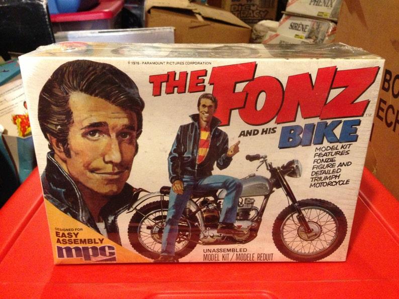 MPC plastics Happy Days THE FONZ and his Bike Model kit  412f5ea92
