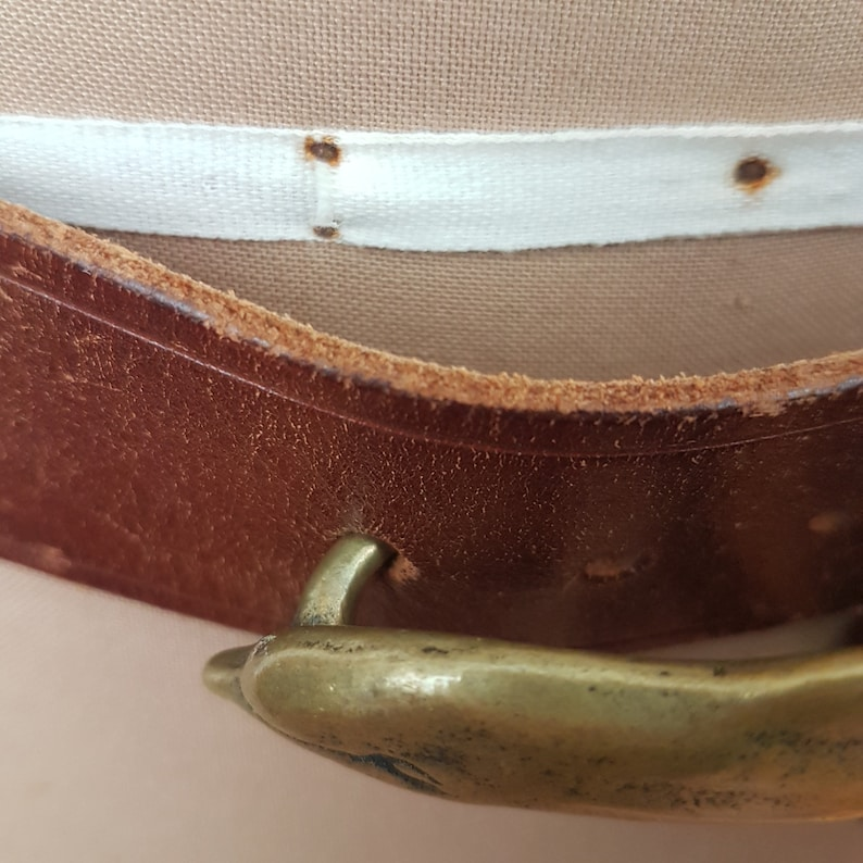 Vintage Solid Brass Dolphin Buckle Brown Leather Belt SZ 32 Novelty Gift Nautical Sea Creatures