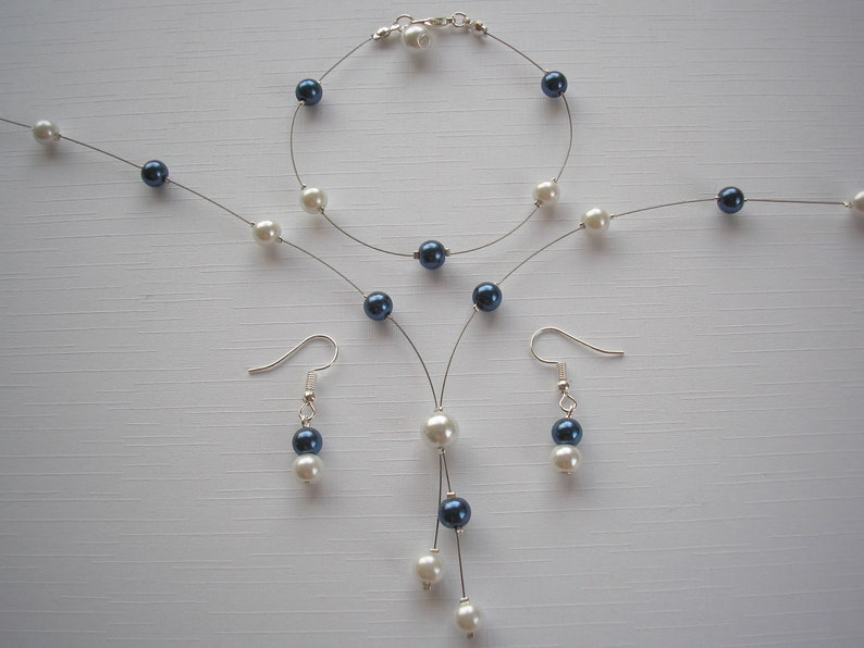83ce7a4d3ab78 White and Navy Blue Pearl Lariat Style Necklace Bracelet and Earrings  Jewellery Set, Pearl Necklace Set, Handmade jewelry for women ladies