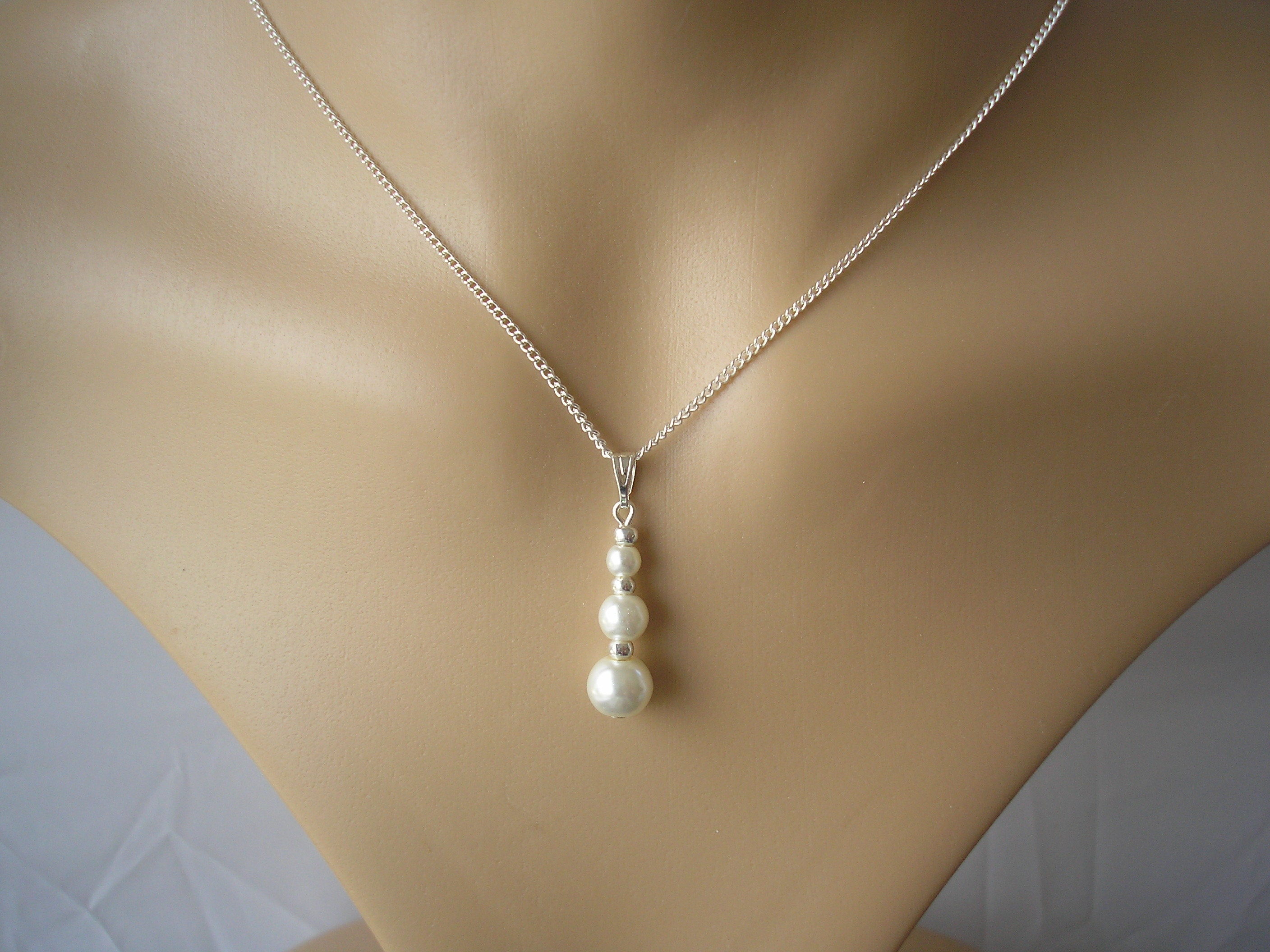 Dainty Graduated Pearl Drop Necklace, Ladies Faux Pearl Pendant Necklace,  Long Drop Silver Chain Necklaces for Women Brides Bridesmaids gift
