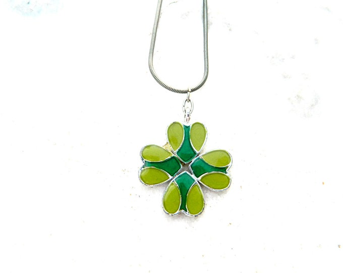 Enameled Necklace, Cloisonne Necklace, Four Leaf Medal, Lucky Pendant, Cloisonne Medal, Folk Medal, Cloisonne Jewelry, Enamel Jewelry