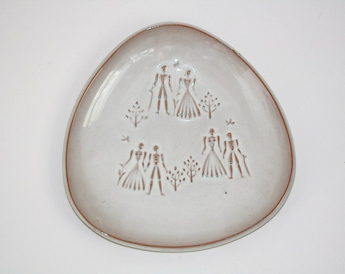 Triangle Plate, Interesting Plate, Wall Plate, Embossed Plate, Plate with Embossed Figurines, White Plate, Triangular Plate