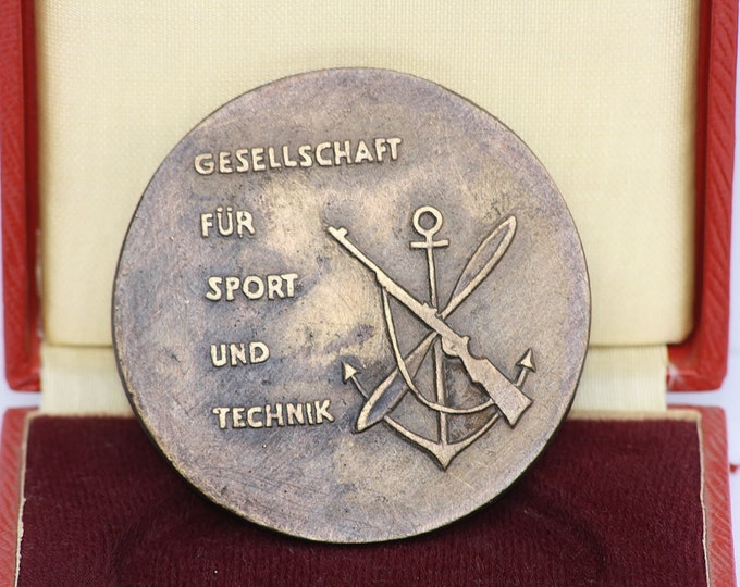 Bronze Medallion, Bronze Memorable, Bronze Plaque, Bronze German Medallion, Army Medallion, gesellschaft für sport und technik medaille