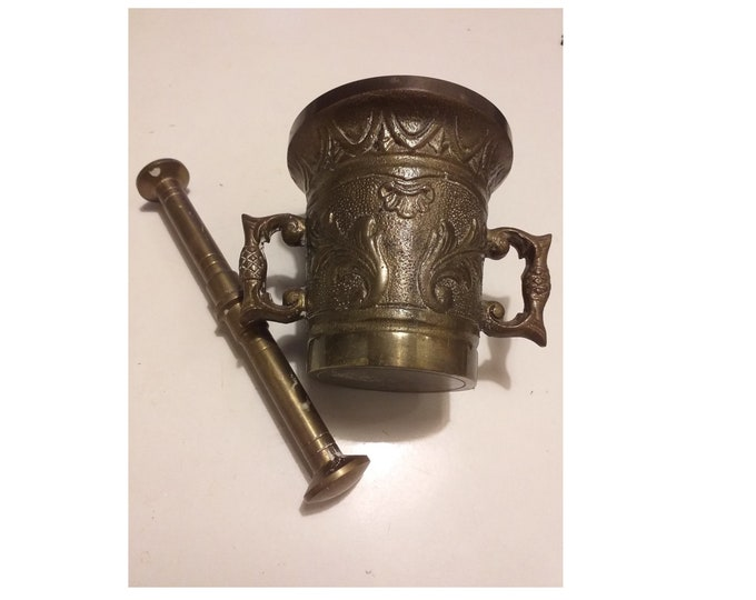 Antique solid brass pestle and mortar, Kitchen grinder, Pharmacy Apothecary grinder, Herb mortar, Coffee grinder