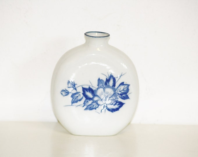 Snuff Bottle, Porcelain Flask, Hard Drink Flask, Porcelain Brandy Flask, Vintage small Ceramic Flask Bottle with Blue Flower Graphic