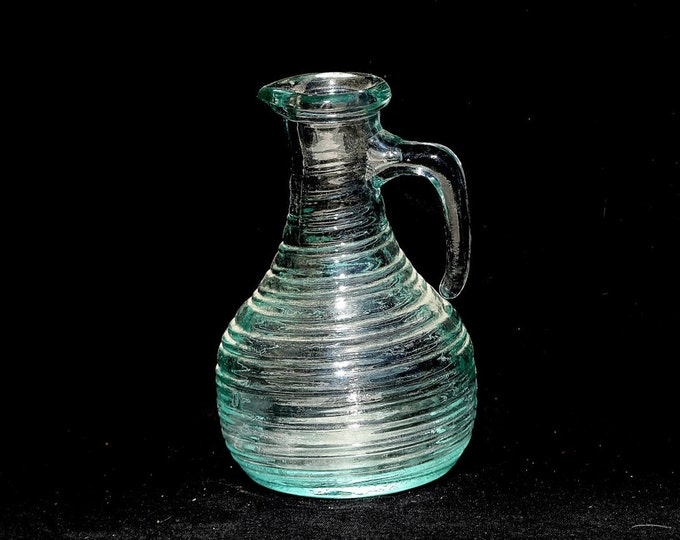 Pouring Vinegar, Oil Vinegar, Vinegar Decanter, Glass Decanter, Vinegar Pitcher, Glass Pitcher, Sauce Pitcher, Italy Decanter, Tomato Glass