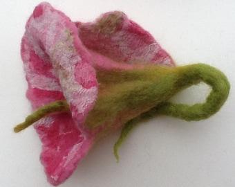 Felting Tutorial - Merino Wool and Silk Fabric Flower Brooch