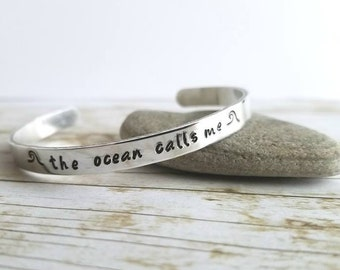 The ocean calls me cuff bracelet, Ocean bracelet, beach jewelry, nautical jewelry, ocean gift, beach accessory gift, ocean lover jewelry
