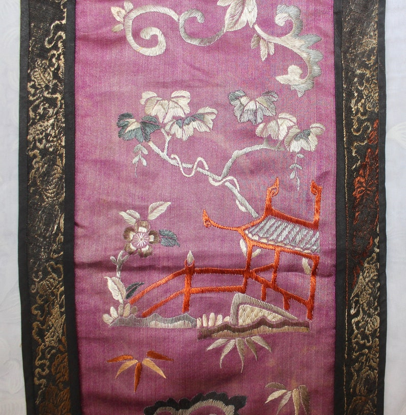 c/'19th Chinese Embroidered Silk Floral Sleeve Band Textile Panel Late Qing Dynasty
