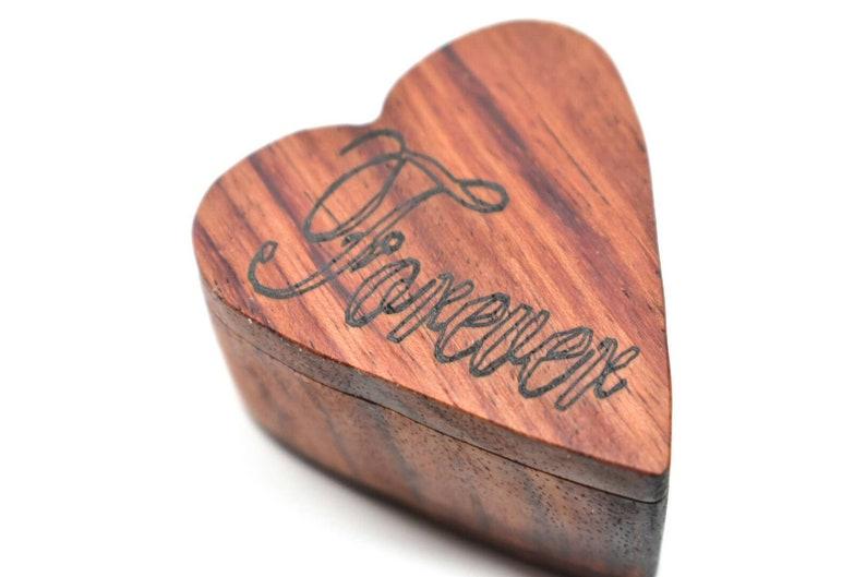 heart box girlfriend gift Ring bearer box wedding gift Wooden ring box valentine/'s gift engagement ring box Mother/'s Day gift B/&E