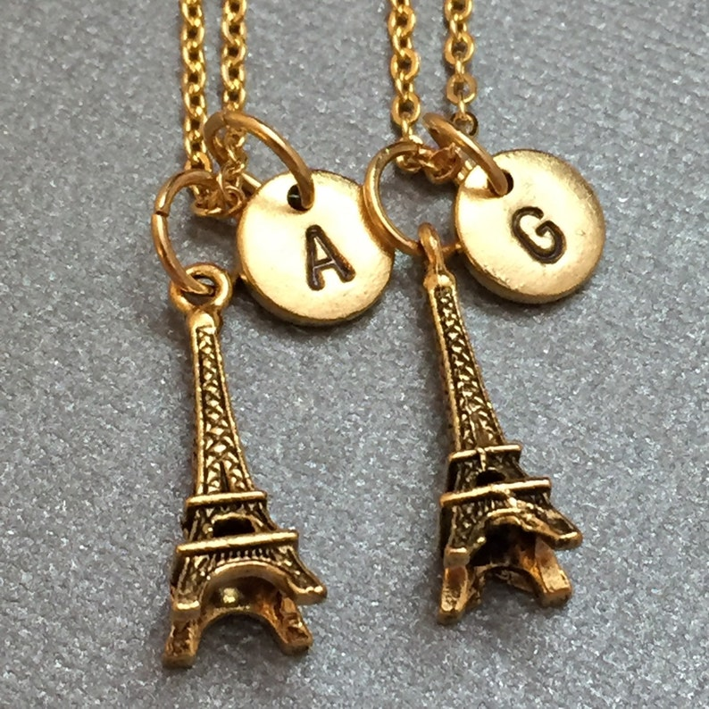 c7da33751dc0 Mejor amigo collar Torre Eiffel coloque el collar collar de