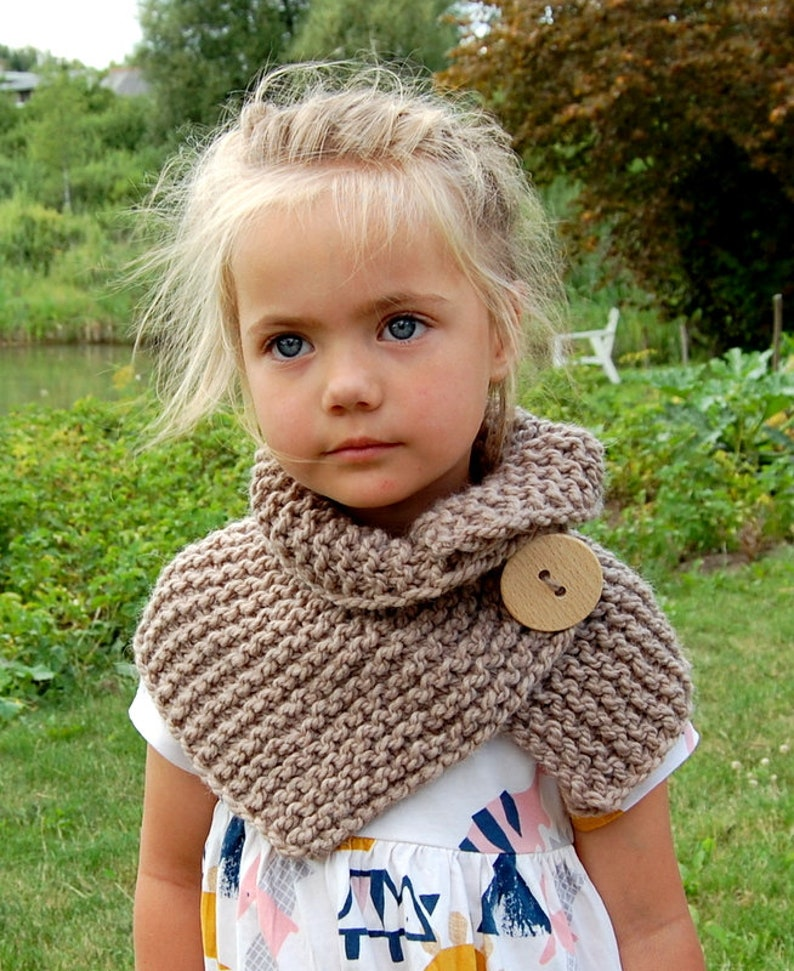 Toddler, Child sizes KNITTING PATTERN  Easy Button  Scarf Pattern