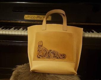 Shopping bag, totebag, butcher bag