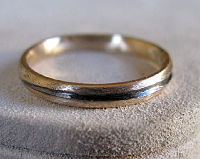 Solid 14K Gold Band with Carved Design