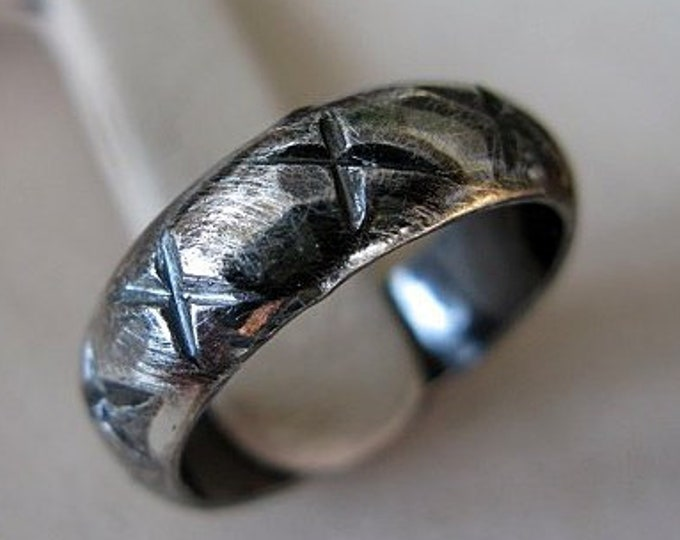 Carved Black Glacier Ring 5-7mm Oxidized Sterling Silver