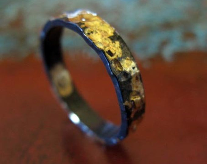 Hammered Gold and Black 4mm Ring